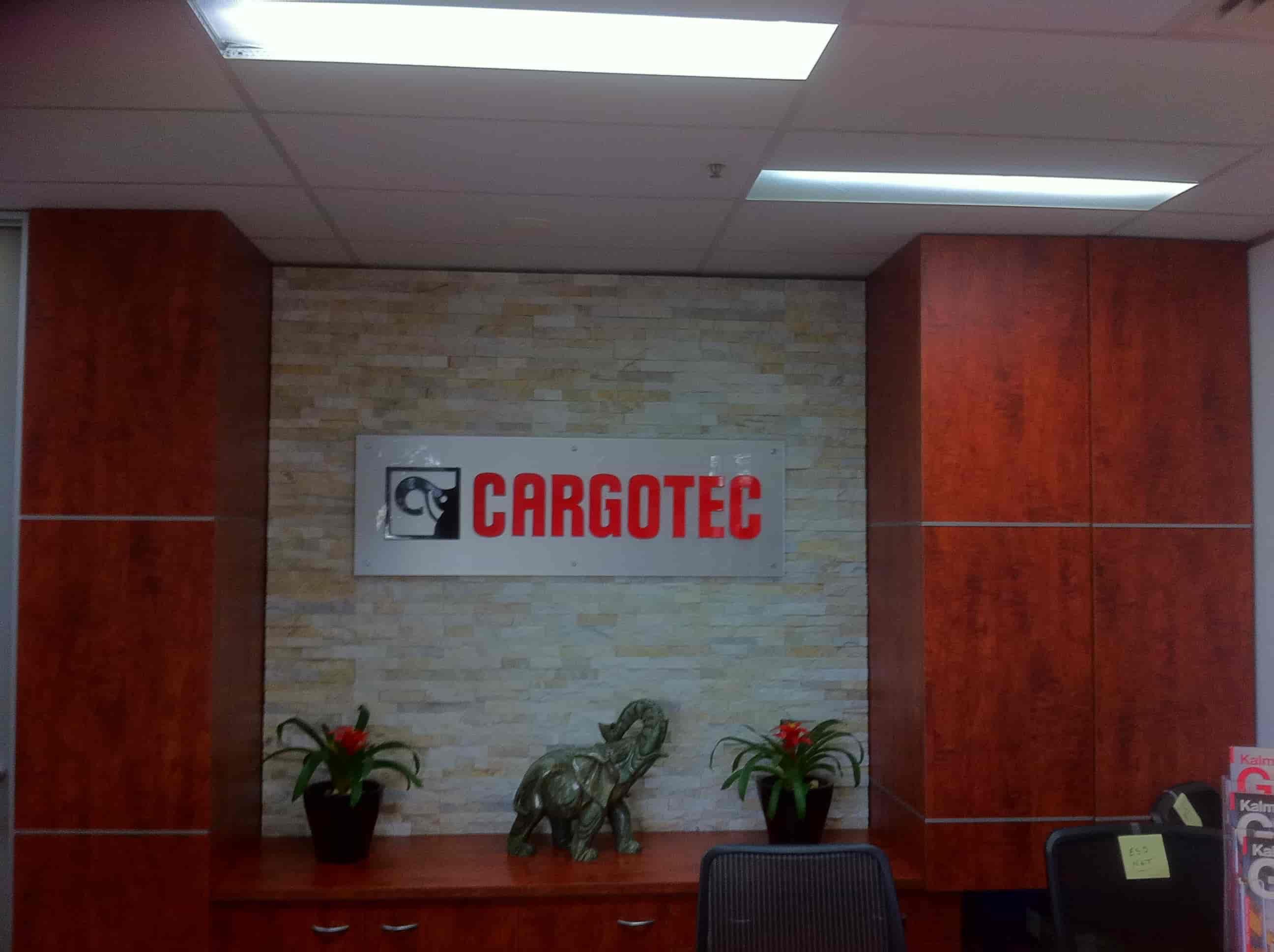 reception Signage for cargotec