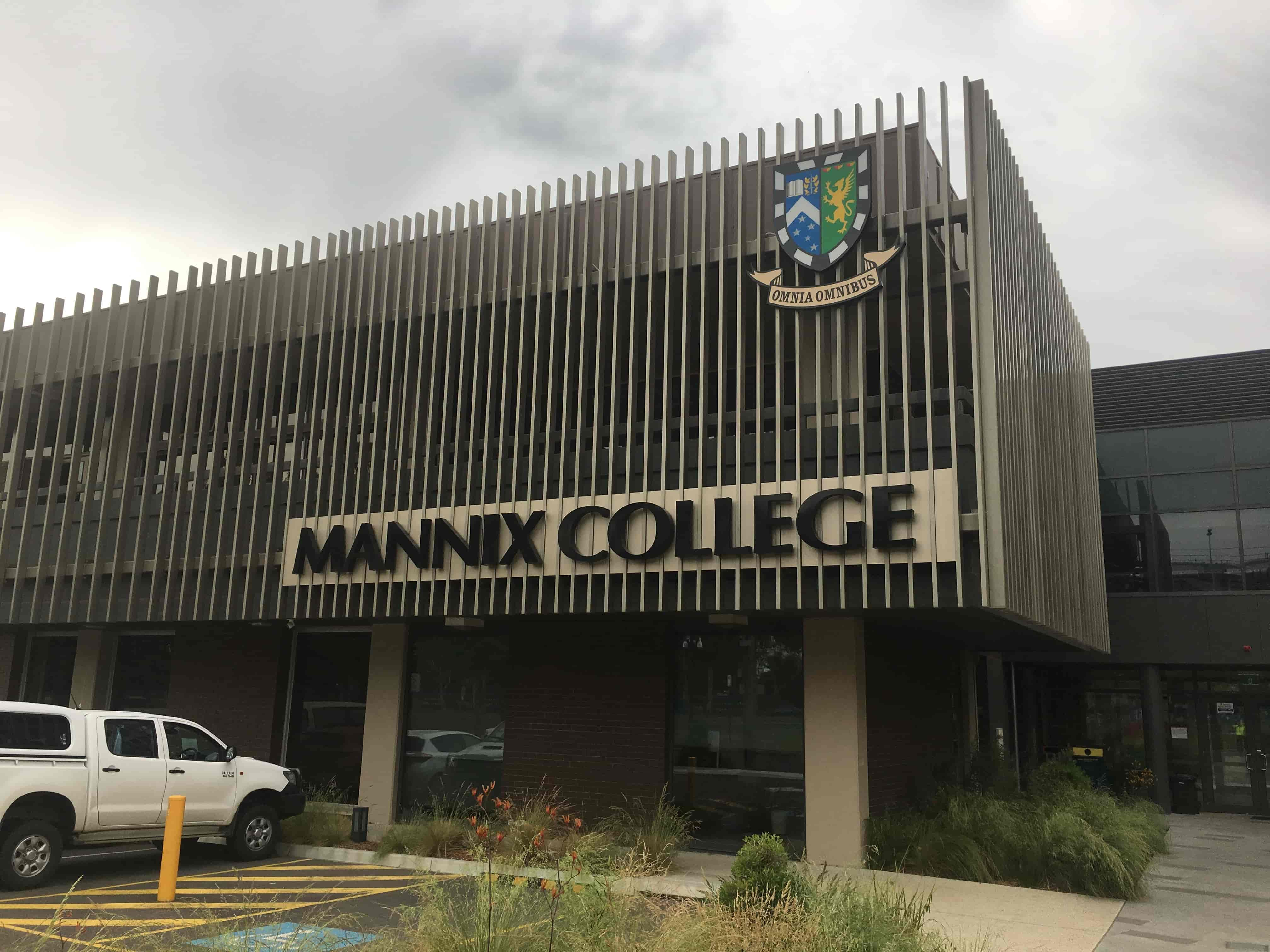 3D Fabricated lettering Digital Printing Melbourne jag signs Mannix college