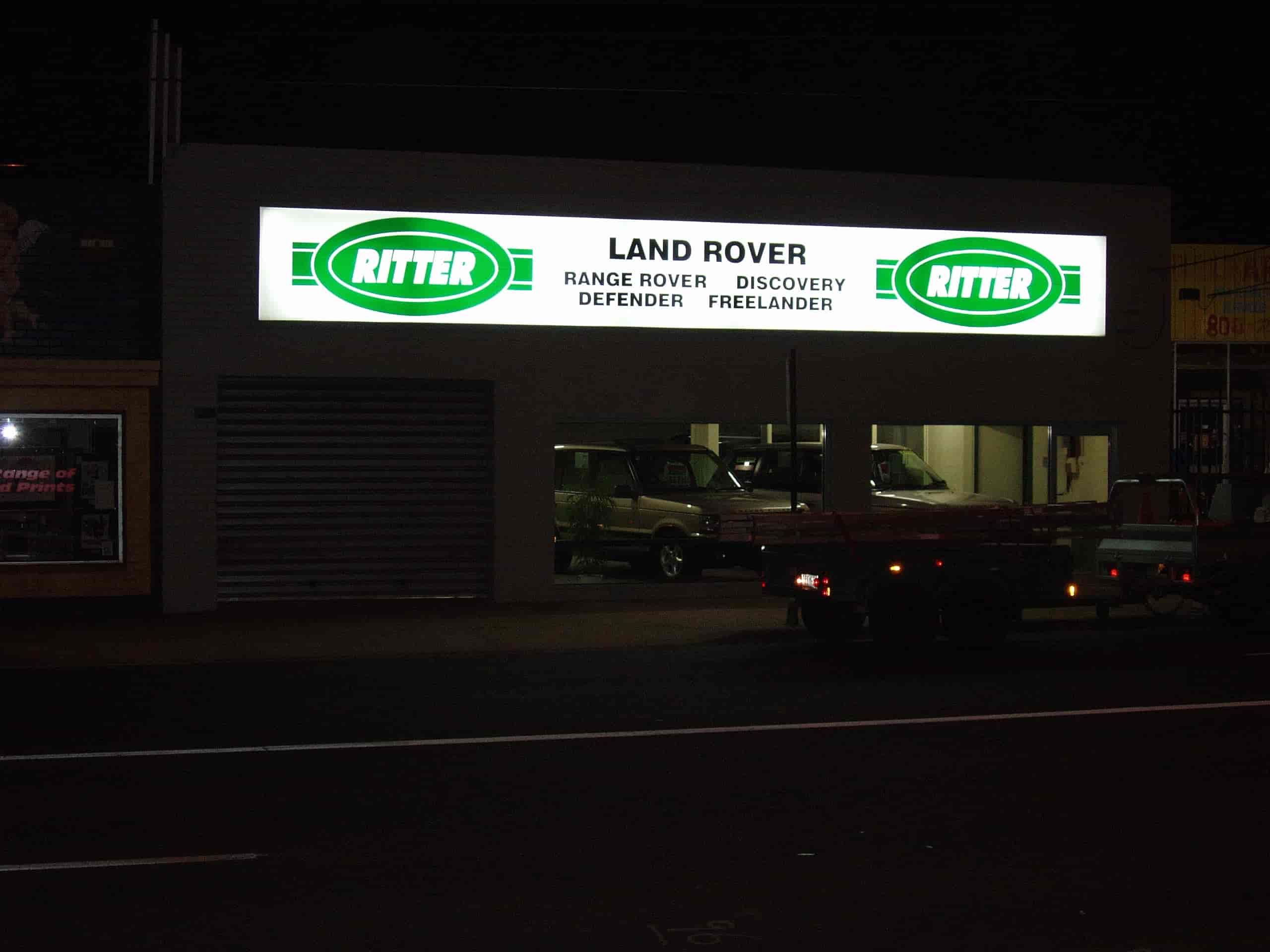 illuminated signs Melbourne land rover ritter