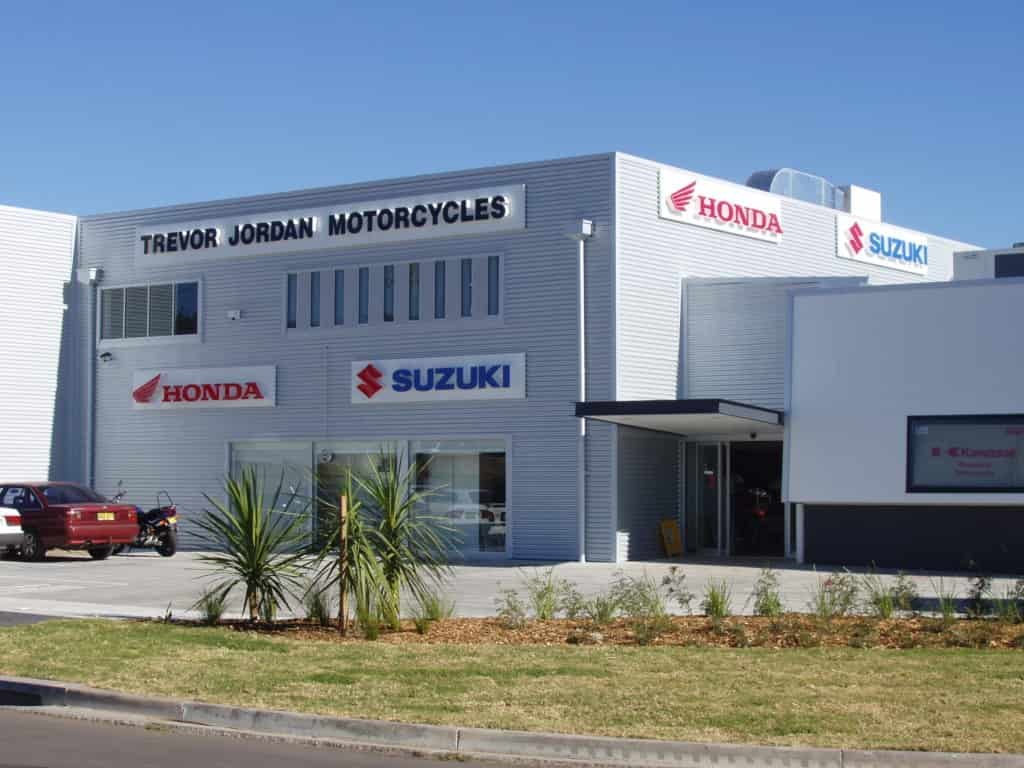 building signage, honda and suzuki signs in Melbourne