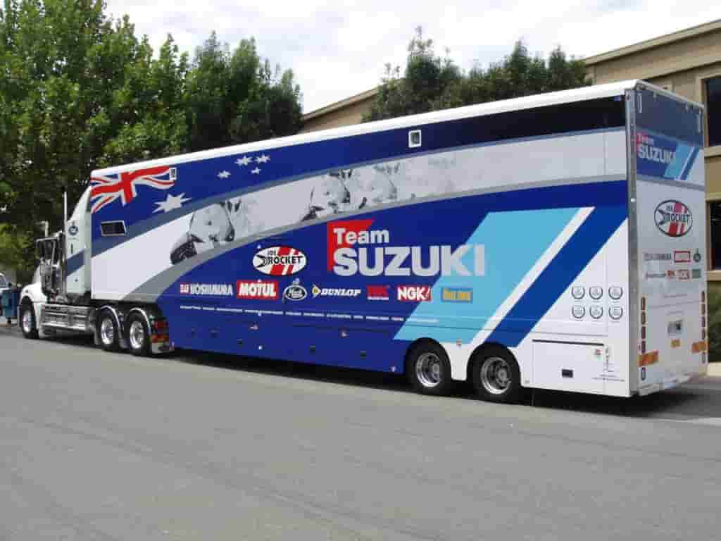 Digital Printing Melbourne vehicle signage bus suzuki